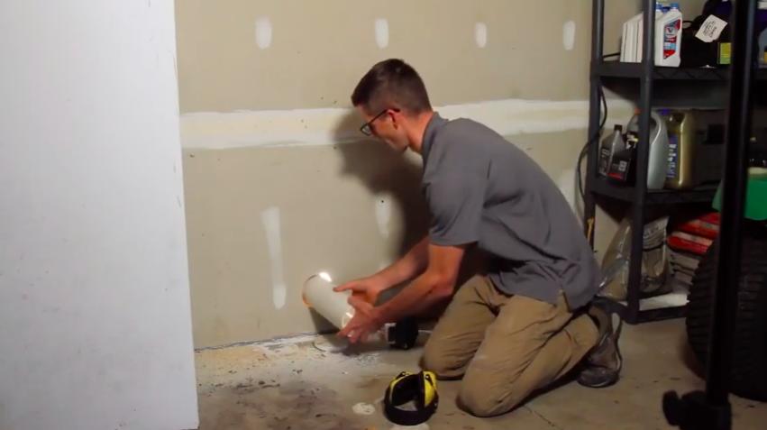 Radon mitigation garage vent